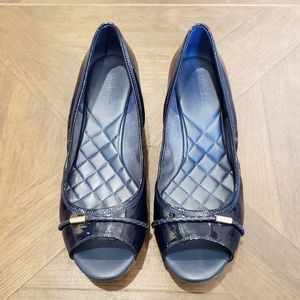Cole Haan patent wedge sandals size 8